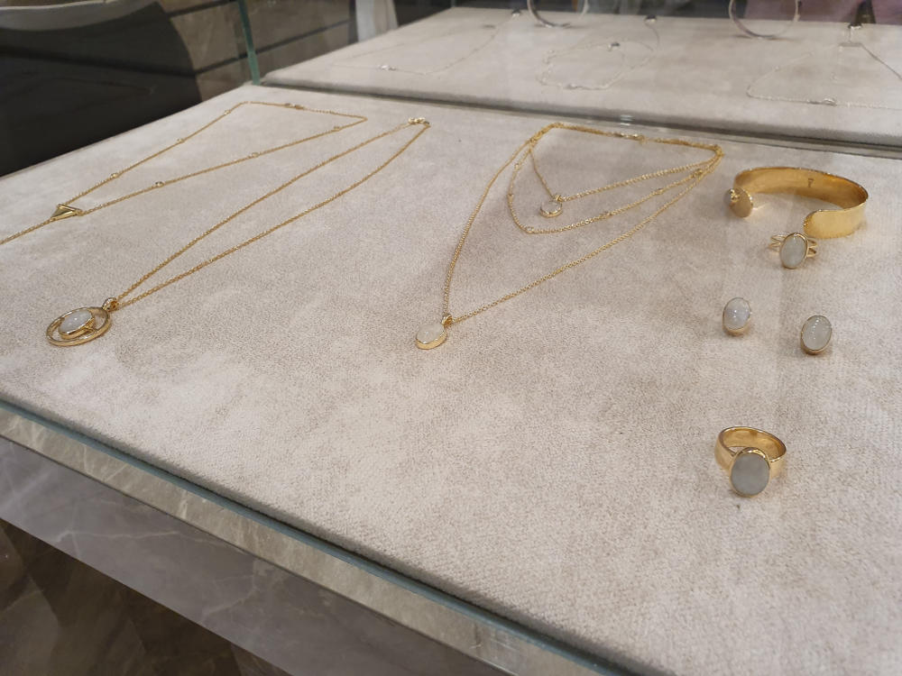 YLL Jewellery Hadir di Butik Masari