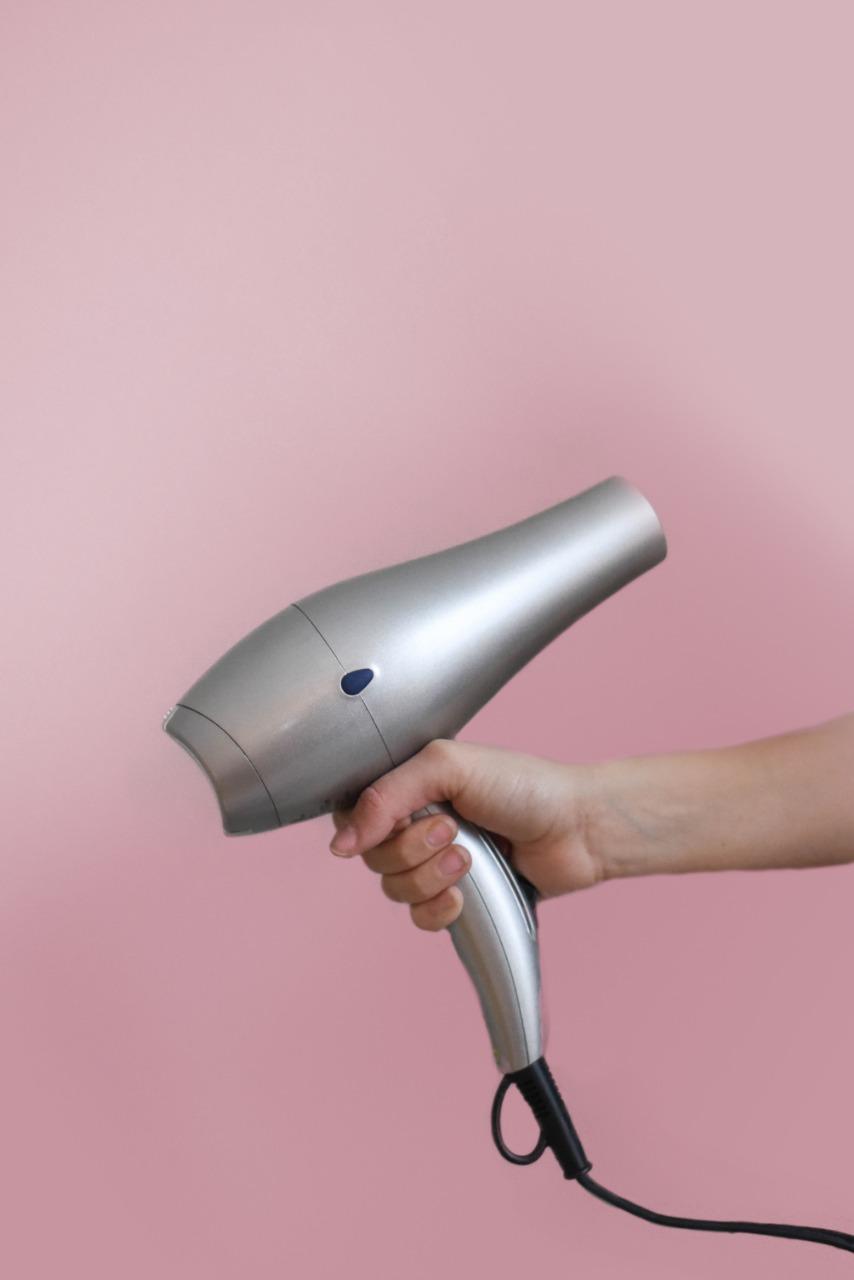 Yang Perlu Diperhatikan Saat Memilih Hair Dryer