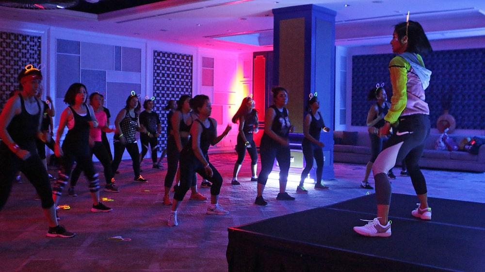 Zumba dalam Gelap Rayakan 'World Wellness Weekend'