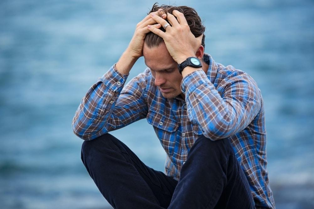Alasan Kenapa Pria Selingkuh Dan Tanda-tandanya