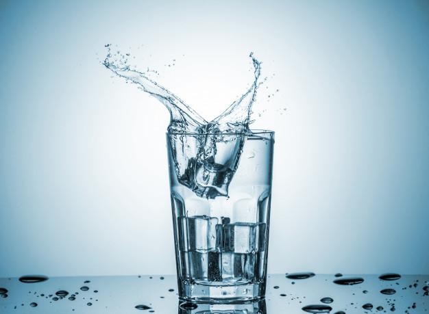 Benarkah Minum Air Dingin Bisa Membakar Lebih Banyak Kalori?