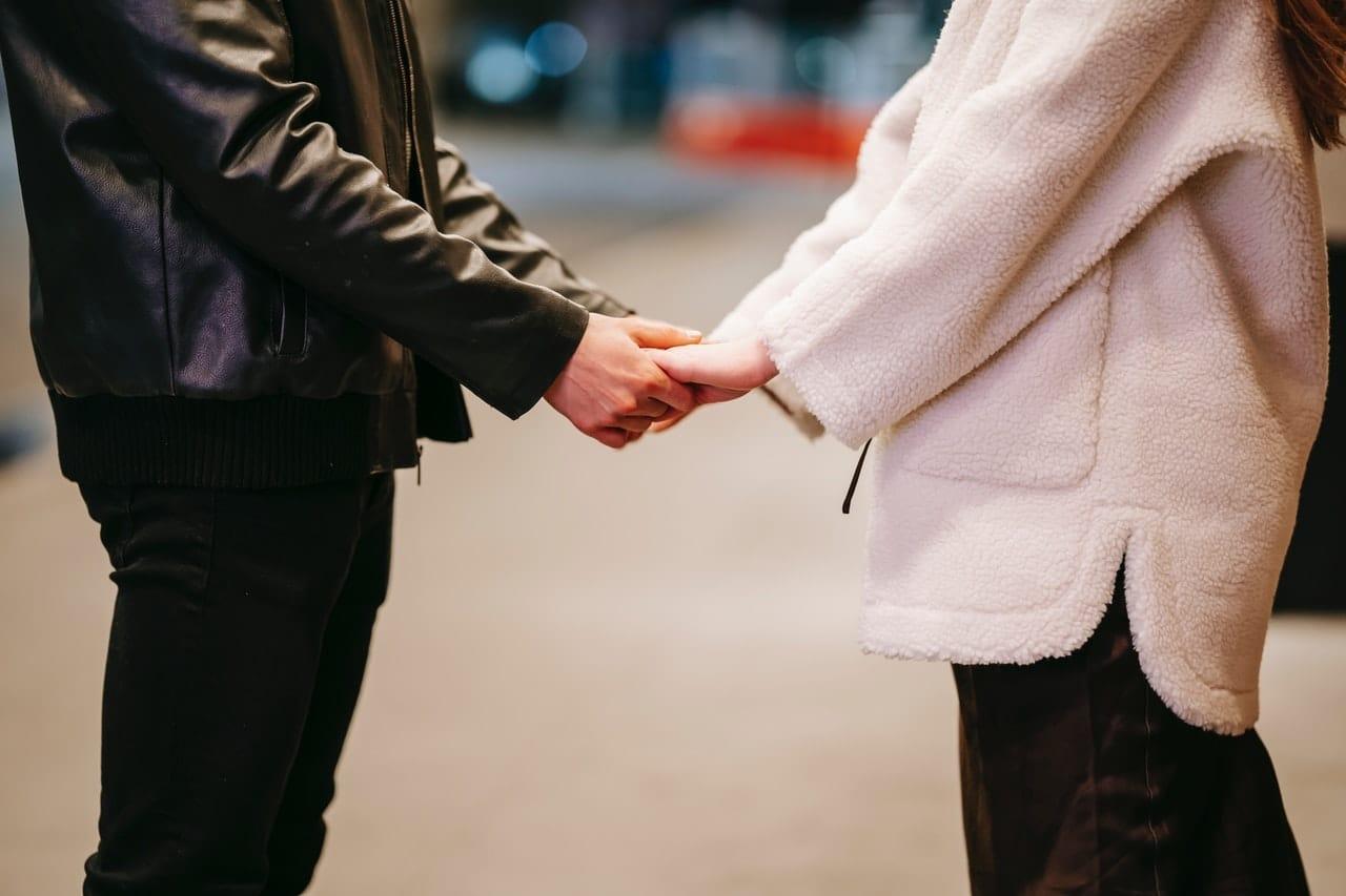Alasan Pasangan Menolak Putus