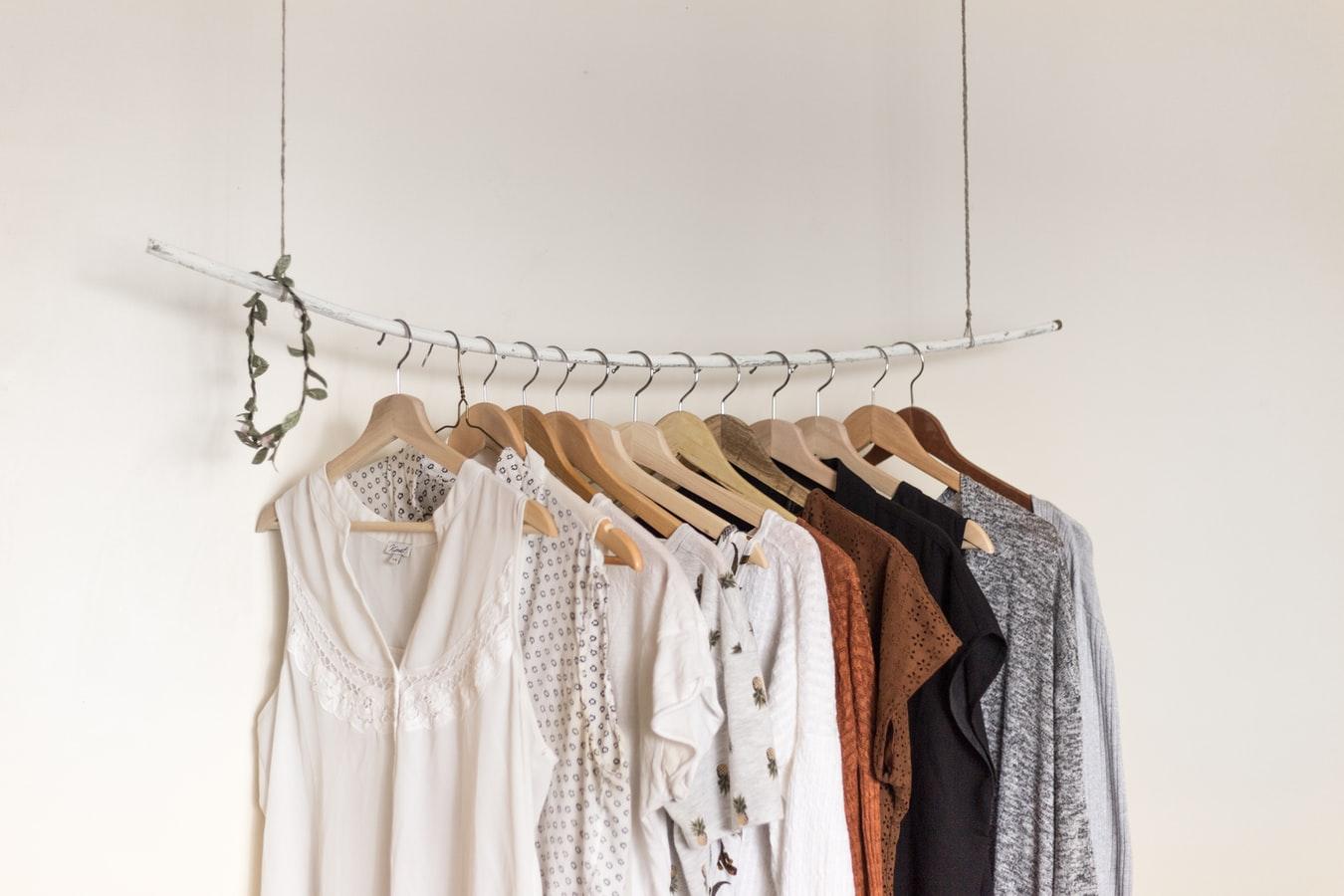 Ketahui 10 Arti Warna Baju Yang Kamu Kenakan