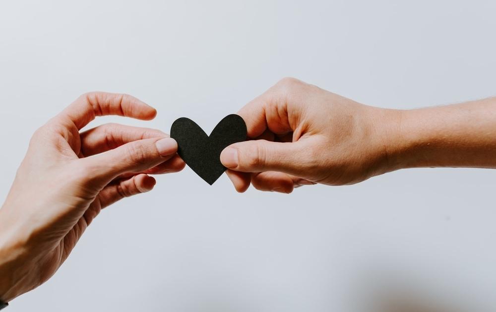 Ketahui Dampak Buruk Menjalin Hubungan Asmara Terlalu Cepat