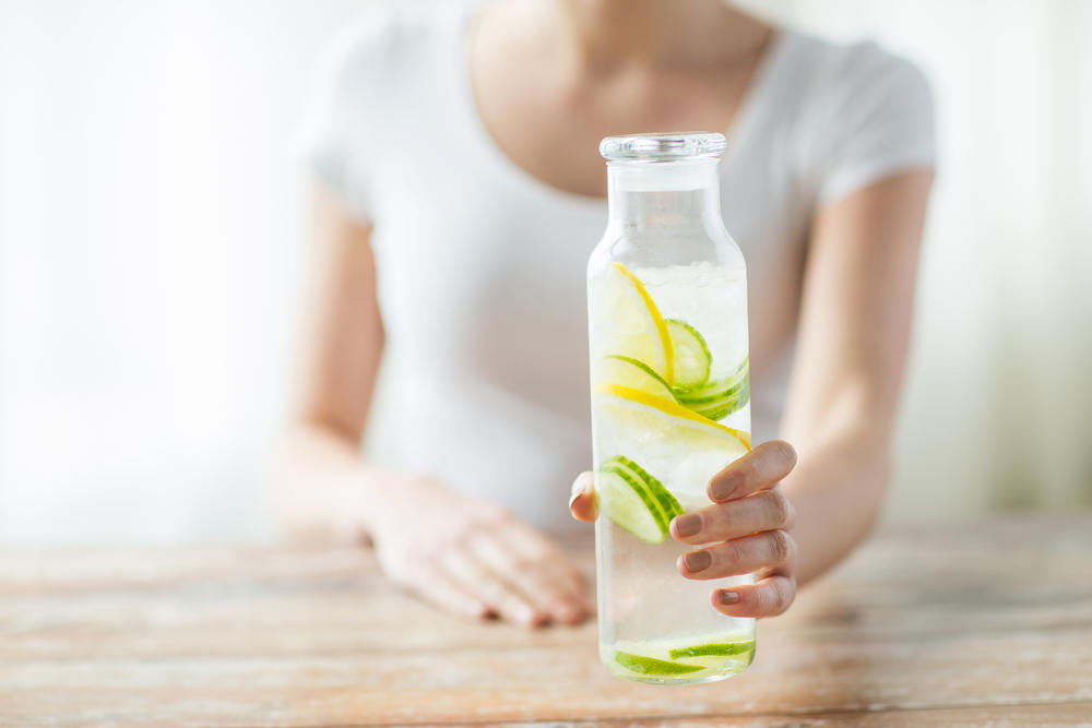 Manfaat Mengonsumsi Air Lemon
