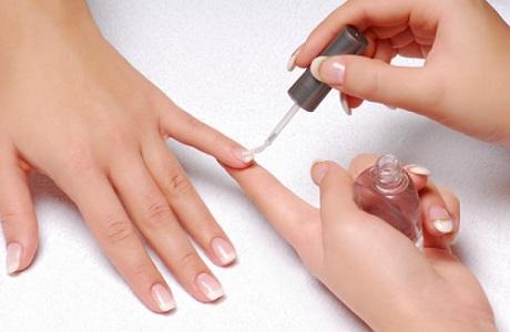 Tips Dapatkan Manicure Sempurna di Rumah