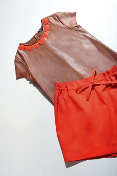 Pilihan Kami Minggu Ini: Jewel Neck & Rok Paper Bag dari Raoul Cruise Collection