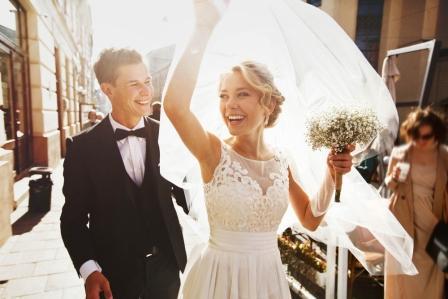 Untungnya Menikah di Usia Muda