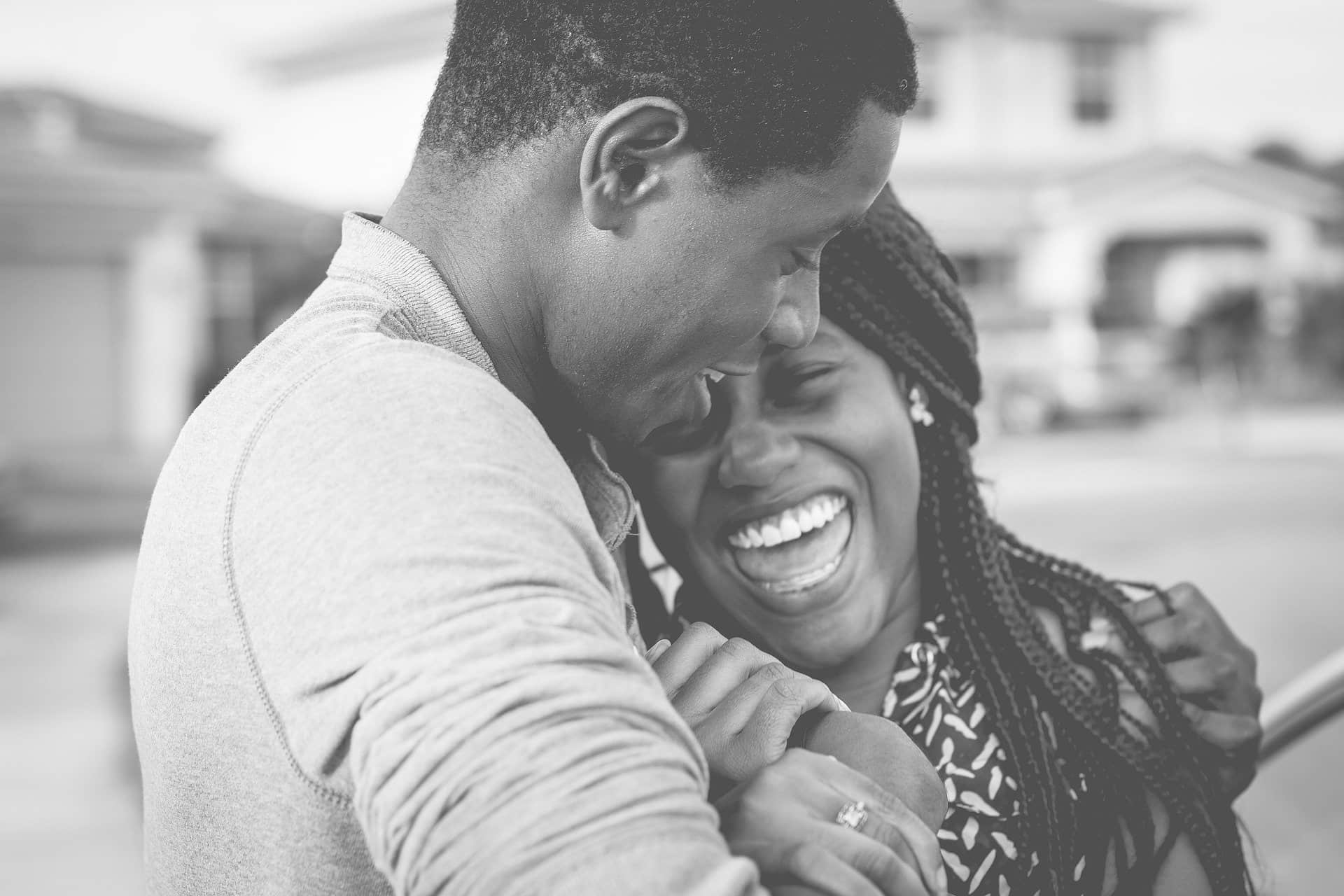 Cara Mencintai Seseorang Dengan Benar