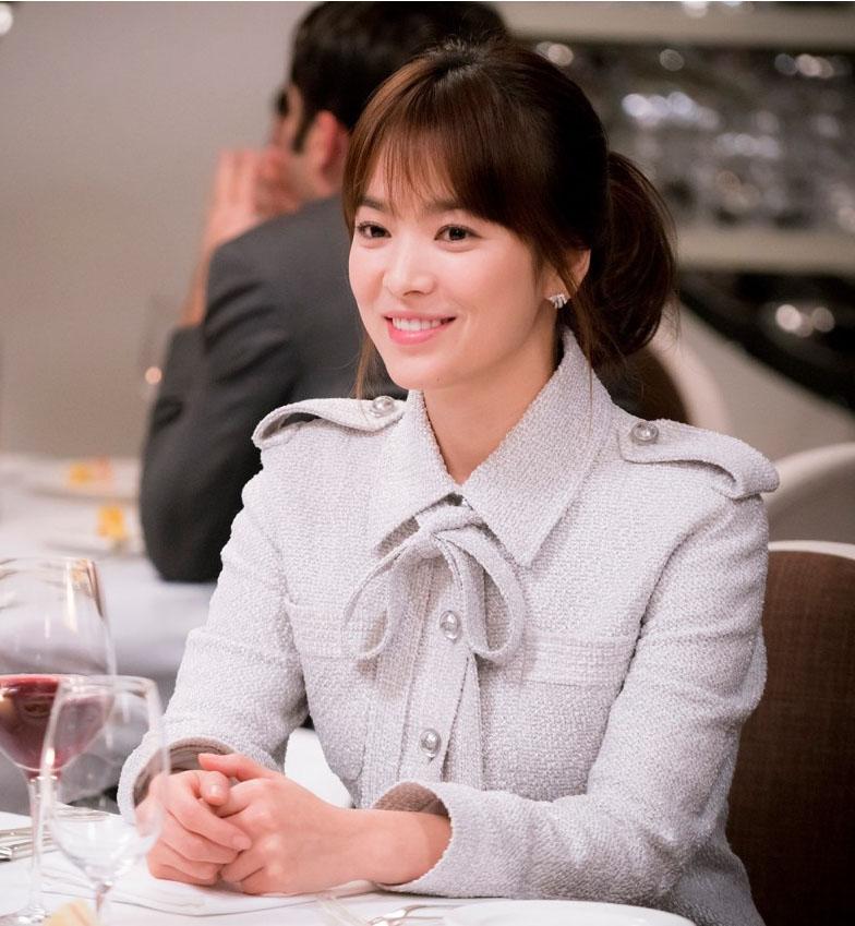 Spotted: Aktris Korea Song Hye Kyo Mengenakan Chanel