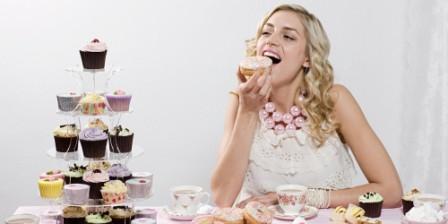 10 Makanan yang Perlu Anda Hindari Menjelang Pernikahan