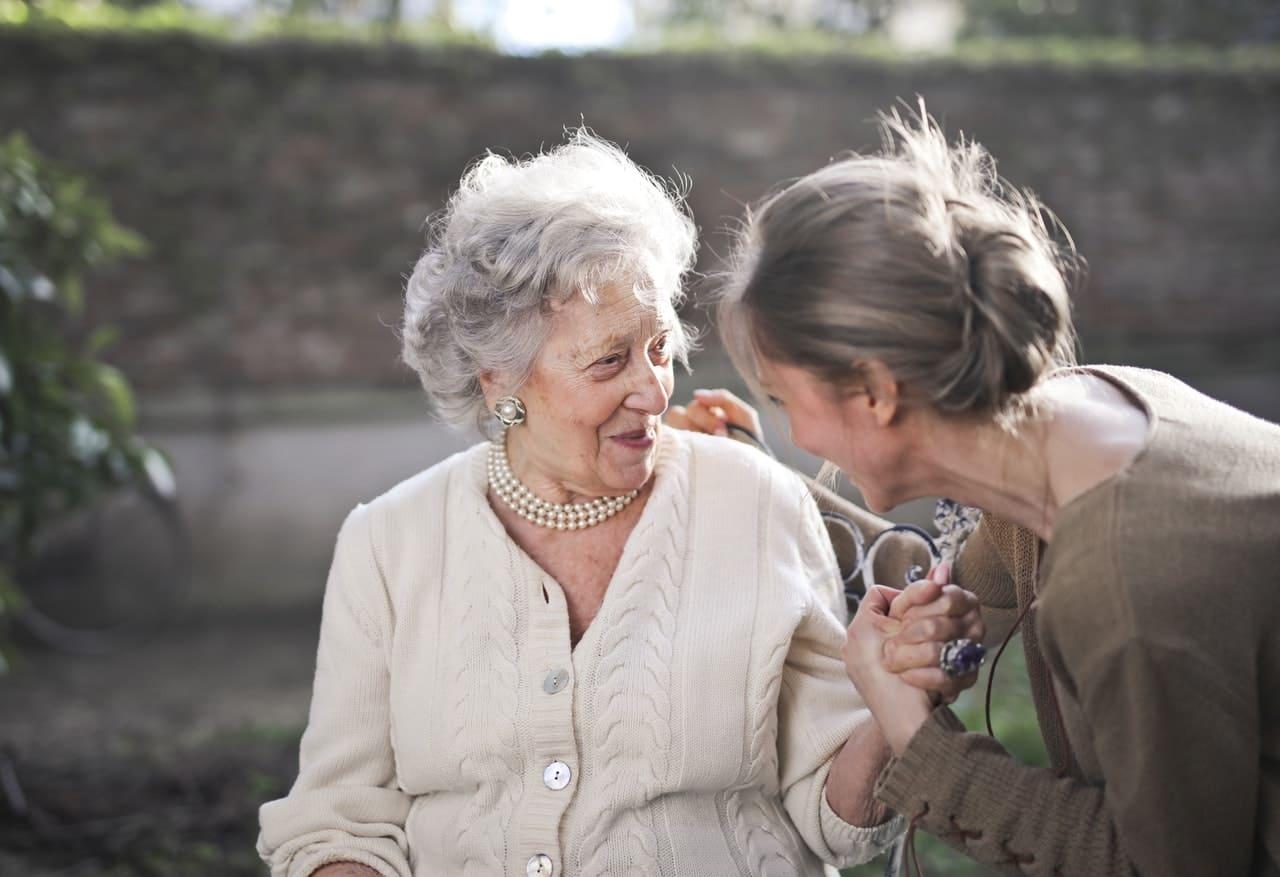 Semakin Tua, Ini Cara Jalin Hubungan Baik Dengan Orang Tua