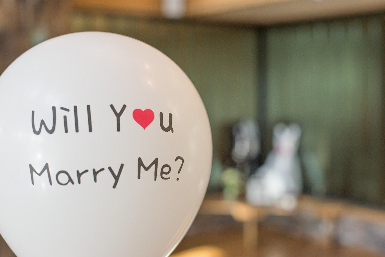 Ciri Pasangan Serius Menikah, Siap-Siap Dilamar!