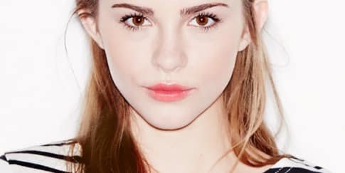 3 Langkah Dapatkan Look 'The Blurred Lip'