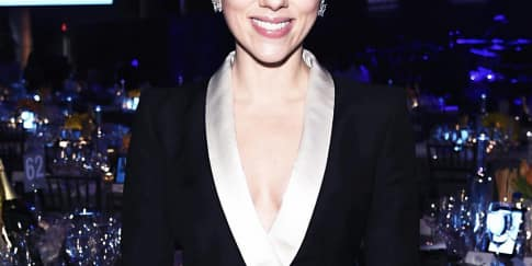 Trik Miliki Kulit Bersinar Seperti Scarlett Johansson