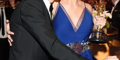 3 Artis Hollywood yang Diperkirakan Menikah Tahun ini