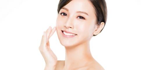 6 Cara Merawat Wajah Agar Terlihat Cerah dan Awet Muda
