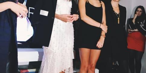 Taylor Hill dan Hailey Baldwin Jadi Pembicara L'Oreal