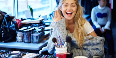 Supermodel Gigi Hadid Jadi Wajah Baru Maybelline New York