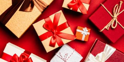 10 Inspirasi Hadiah Natal yang Modis untuk Pasangan