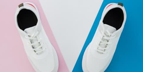 10 Sepatu Sneakers Merah & Putih untuk 17 Agustus