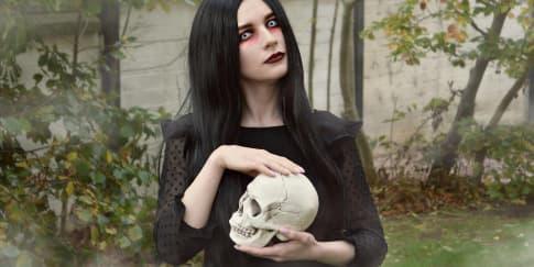 13 Inspirasi Makeup untuk Merayakan Halloween Tahun Ini