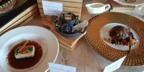 130 Tahun Tradisi Natal Hotel Raffles Jakarta
