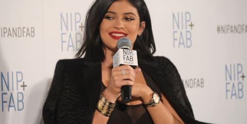 Kesalahan Makeup Kylie Jenner Yang Harus Anda Hindari