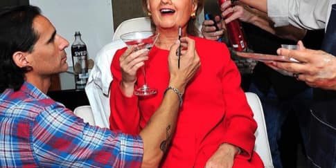 Katy Perry jadi Hillary Clinton di Pesta Halloween