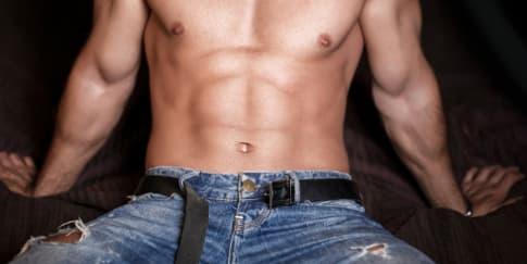 4 Tips Mudah Bikin Pria Terangsang