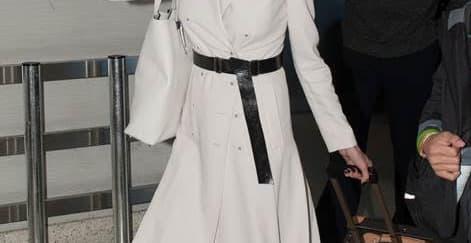 Spotted: Angelina Jolie Mengenakan Bottega Veneta