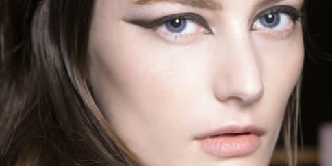 Cara Memakai Eyeliner Wing