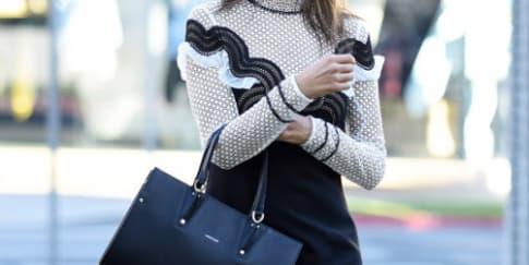 Spotted: Alessandra Ambrosio mengenakan Longchamp