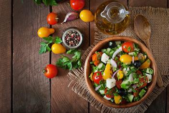 Cara Membuat Salad Khas Yunani