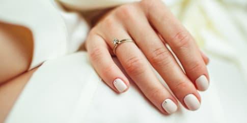 Tips Memilih Material Cincin Pernikahan