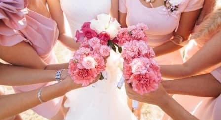 Tips Memilih Seragam Pernikahan