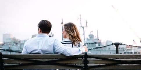 4 Cara Mengatasi Pasangan yang Suka Selingkuh
