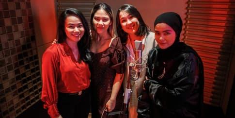4 Penyanyi Perempuan Nyanyikan Soundtrack Film 'Mulan'
