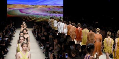 Alberta Ferretti Luncurkan Koleksi Couture Perdana