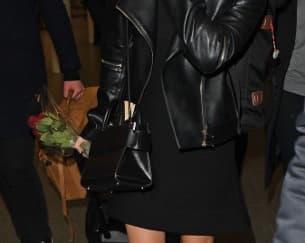 Spotted: Para Artis ini Mengenakan Tas Givenchy