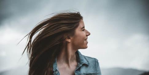 5 Cara Cepat Memanjangkan Rambut