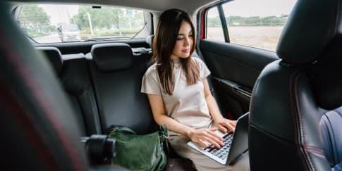 5 Cara Mudah Kerja Sambil Liburan, Bisa Langsung Dicoba