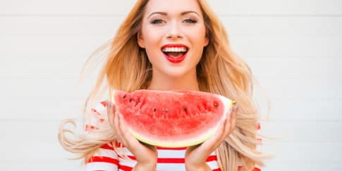 5 Makanan yang Bermanfaat Bagi Kecantikan