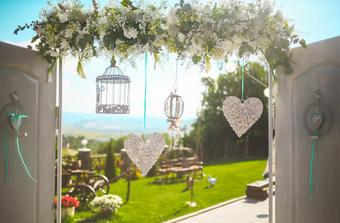 5 Tips Cantik untuk Pernikahan Outdoor