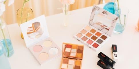 5 Tips Mudah Merawat Makeup Agar Awet dan Tahan Lama