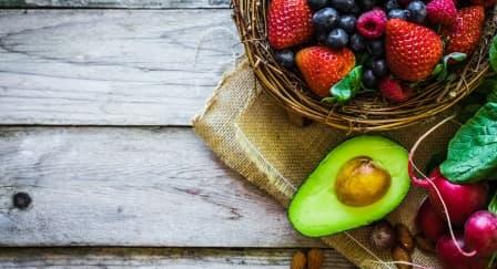 Redakan Stres Menjelang Pernikahan dengan 5 Makanan Ini