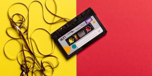 53 Lagu Tahun 2000'an yang Sering Dikira 90'an
