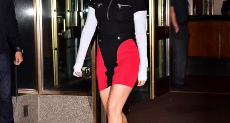 Spotted: Lady Gaga Mengenakan Sergio Rossi