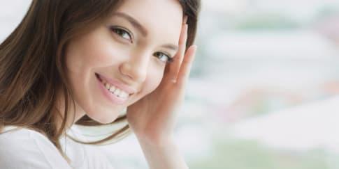 3 Hal yang Menarik Perhatian Pria Saat Melihat Wanita
