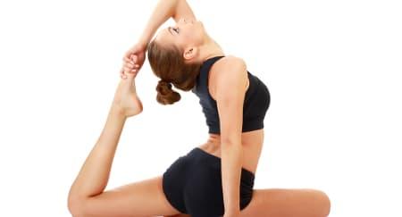 7 Pose Yoga untuk Sesi Bercinta Super Panas